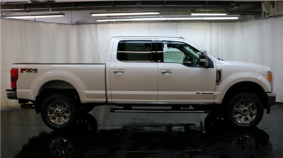 2017 F-350 Crew Cab 4x4 Pickup #F104906 - photo 3