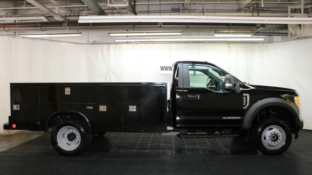 2017 F-550 Regular Cab DRW 4x4, Reading Service Body #F105036 - photo 3