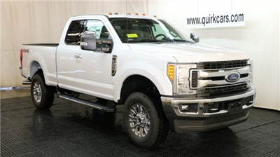 2017 F-250 Super Cab 4x4, Pickup #F105180 - photo 1