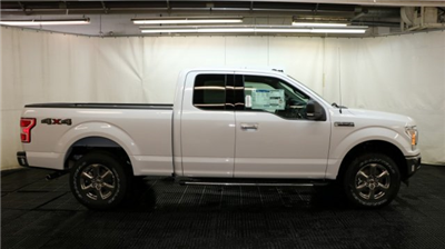 2018 F-150 Super Cab 4x4, Pickup #F105516 - photo 3