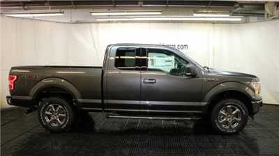 2018 F-150 Super Cab 4x4, Pickup #F105553 - photo 3