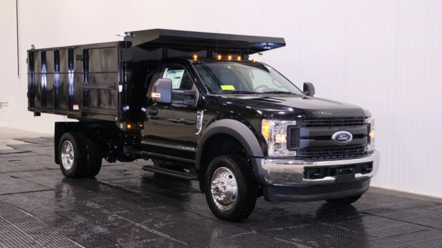 2017 F-550 Regular Cab DRW 4x4, Reading Landscaper SL Landscape Dump #F105562 - photo 1