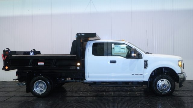 2017 F-350 Super Cab DRW 4x4, Reading Dump Body #F105563 - photo 3