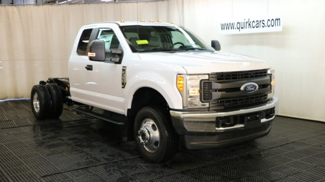 2017 F-350 Super Cab DRW 4x4 Cab Chassis #F105633 - photo 1