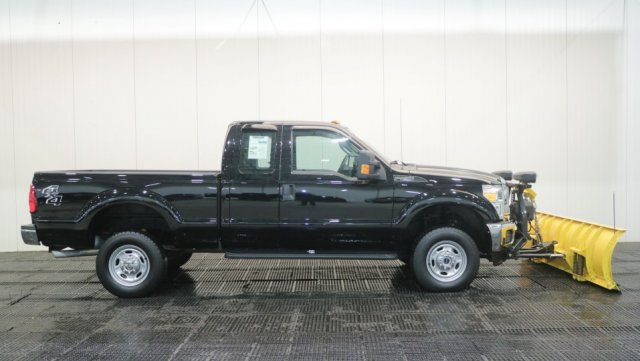 2016 F-250 Super Cab 4x4, Pickup #F105708-1 - photo 3