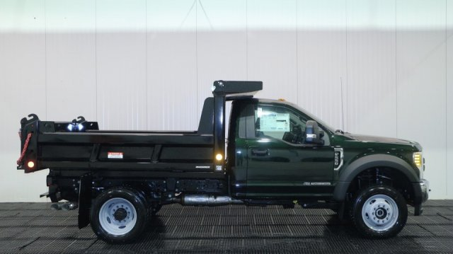 2017 F-550 Regular Cab DRW 4x4, Reading Dump Body #F106215 - photo 3