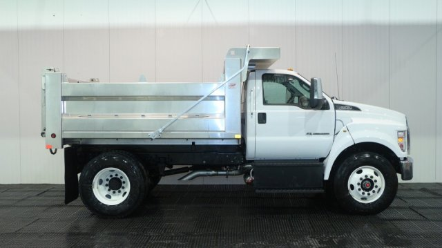2018 F-650 Regular Cab DRW 4x2,  Voth Truck Bodies Dump Body #F106532 - photo 3