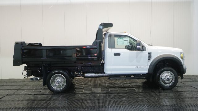 2018 F-550 Regular Cab DRW 4x4,  Rugby Dump Body #F107310 - photo 3