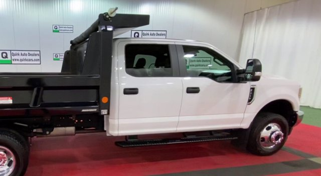 2018 F-350 Crew Cab DRW 4x4,  Reading Dump Body #F108122 - photo 9