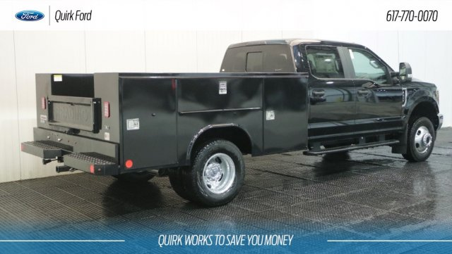 2018 F-350 Crew Cab DRW 4x4,  Reading Service Body #F108202 - photo 2