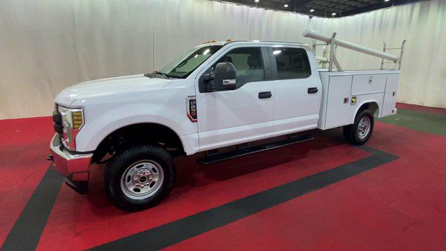 2018 F-250 Crew Cab 4x4,  Reading Service Body #F108436 - photo 4