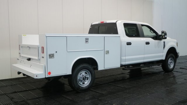 2018 F-250 Crew Cab 4x4,  Reading Service Body #F108485 - photo 2