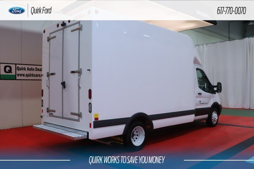 2019 Ford Transit Cutaway Base UNICELL BOX TRUCK #F201683 - photo 1