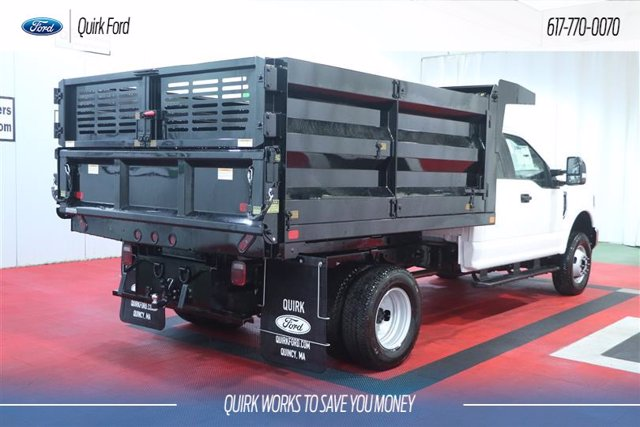 2020 Ford F-350 Super Cab DRW 4x4, Rugby Landscape Dump #F202772 - photo 1