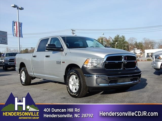 2017 Ram 1500 Crew Cab 4x4 Pickup #73213 - photo 1