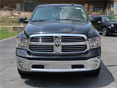 2017 Ram 1500 Crew Cab 4x4, Pickup #73273 - photo 3