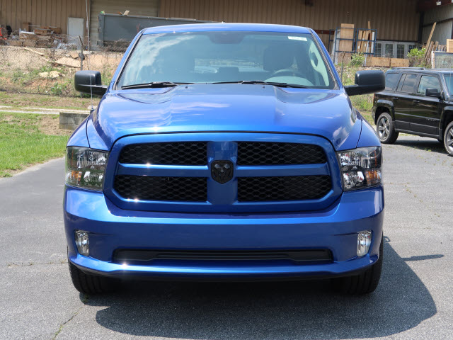 2017 Ram 1500 Crew Cab 4x4 Pickup #73278 - photo 3