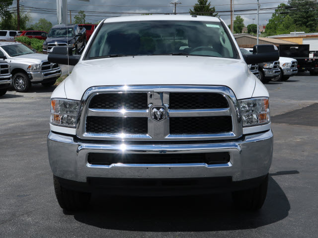 2017 Ram 2500 Crew Cab 4x4, Pickup #73445 - photo 3