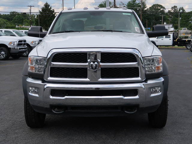 2017 Ram 5500 Crew Cab DRW 4x4, Service Body #73925 - photo 3