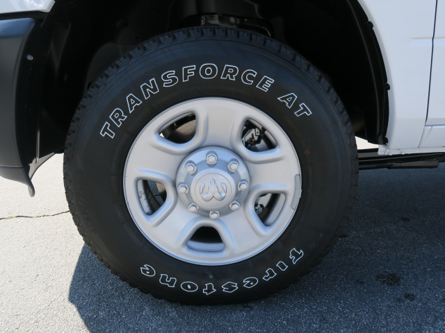 2018 Ram 3500 Crew Cab 4x4, Pickup #83636 - photo 18