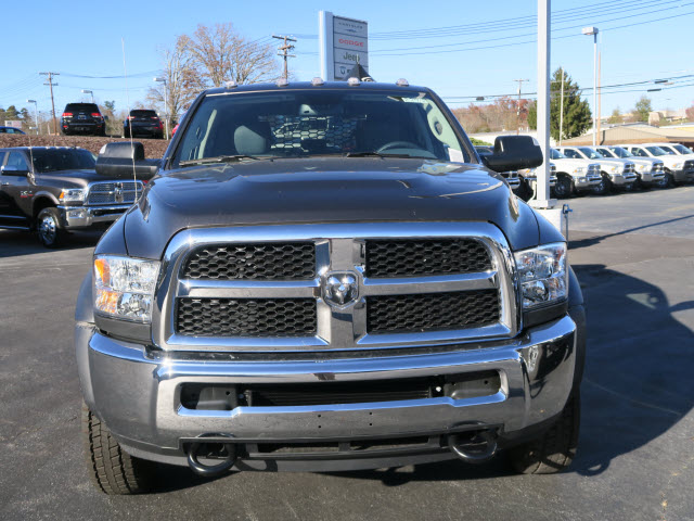 2018 Ram 5500 Crew Cab DRW 4x4 Hauler Body #83912 - photo 15