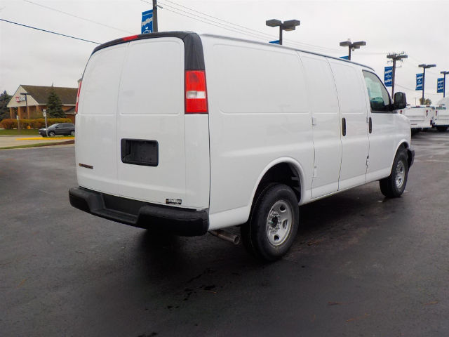 2017 Express 2500, Cargo Van #70817 - photo 3