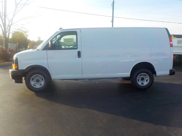 2017 Express 2500, Cargo Van #70900 - photo 6