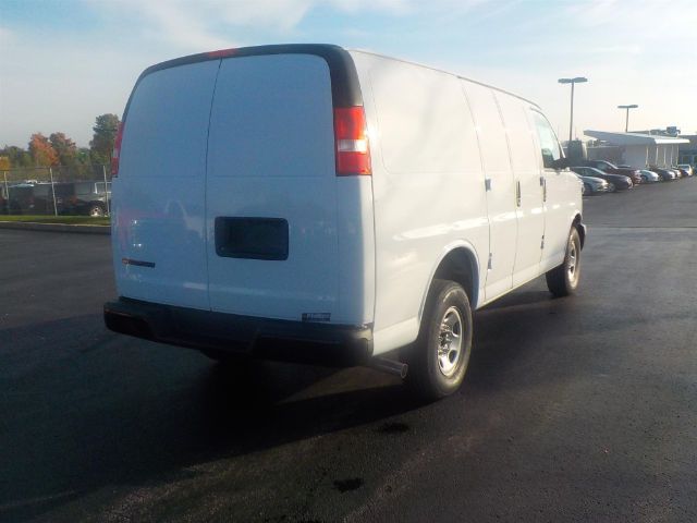 2017 Express 2500, Cargo Van #70900 - photo 3