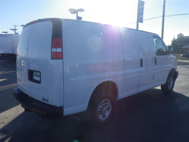 2017 Express 2500, Cargo Van #70922 - photo 3