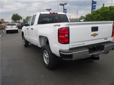 2017 Silverado 2500 Double Cab 4x4 Pickup #73310 - photo 2