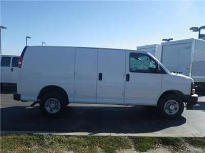 2017 Express 3500 Cargo Van #73871 - photo 9