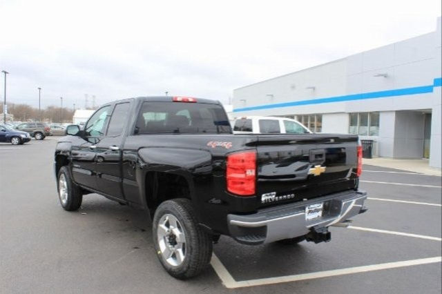 2017 Silverado 2500 Double Cab 4x4, Pickup #74115 - photo 6