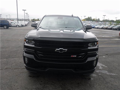 2018 Silverado 1500 Crew Cab 4x4 Pickup #80441 - photo 3