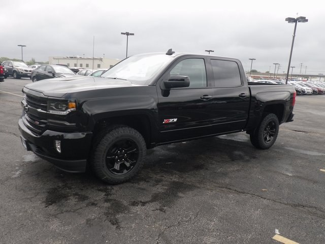 2018 Silverado 1500 Crew Cab 4x4, Pickup #80475 - photo 3