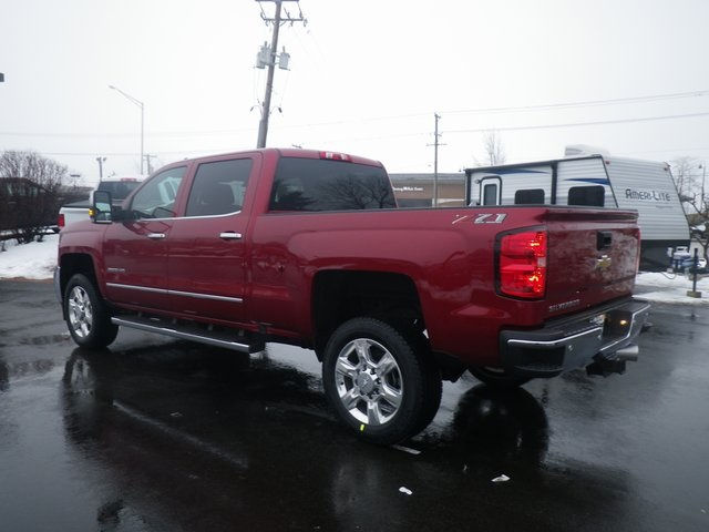2018 Silverado 2500 Crew Cab 4x4, Pickup #81302 - photo 6