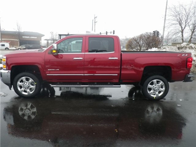 2018 Silverado 2500 Crew Cab 4x4, Pickup #81302 - photo 5