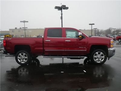 2018 Silverado 2500 Crew Cab 4x4, Pickup #81302 - photo 8