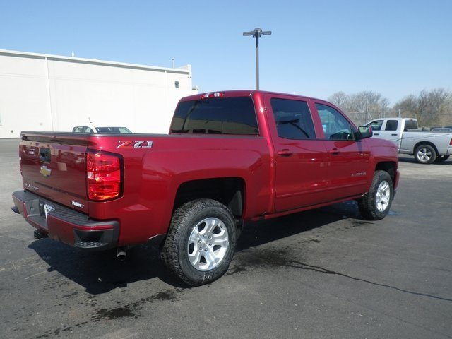 2018 Silverado 1500 Crew Cab 4x4, Pickup #81895 - photo 2