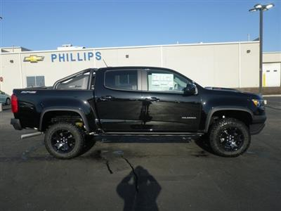 2018 Colorado Crew Cab 4x4,  Pickup #82134 - photo 9
