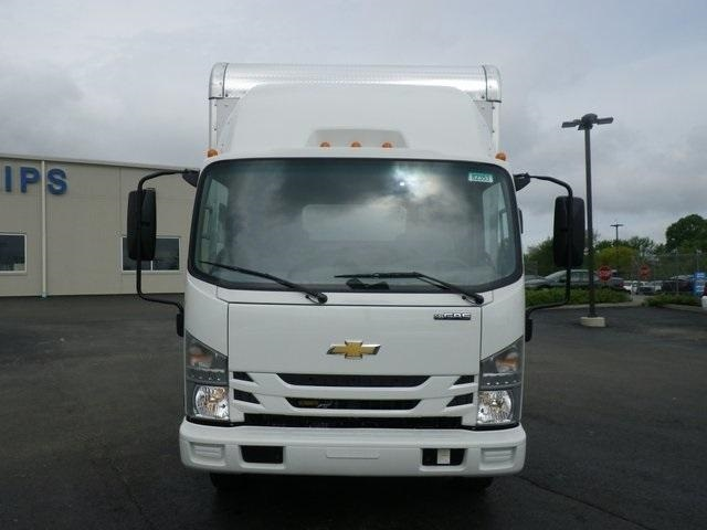 2018 LCF 4500 Regular Cab 4x2,  Bay Bridge Sheet and Post Cutaway Van #82353 - photo 3