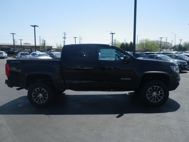 2018 Colorado Crew Cab 4x4,  Pickup #82374 - photo 8