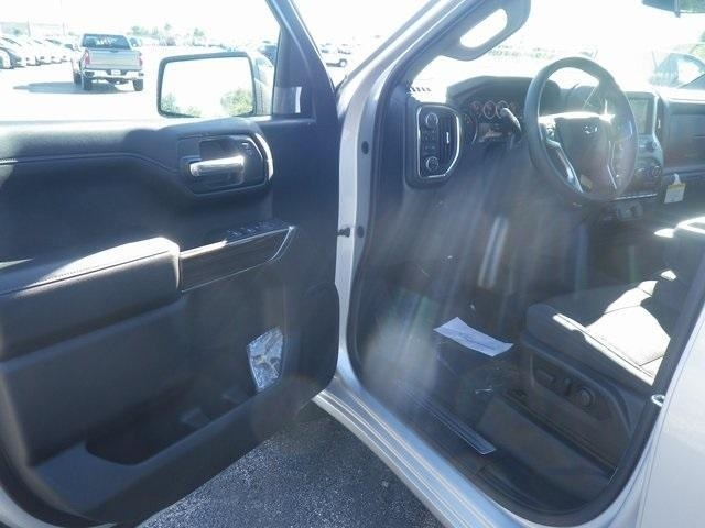 2019 Silverado 1500 Crew Cab 4x4,  Pickup #90143 - photo 10