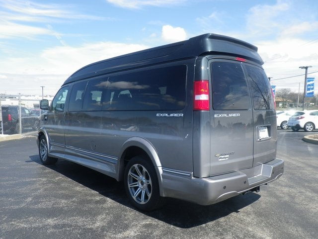 2018 Express 2500 4x2,  Passenger Wagon #X82272 - photo 6