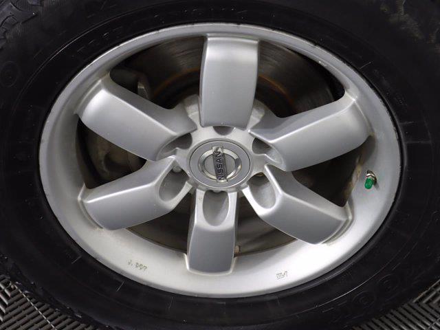 2010 Nissan Titan 4x4, Pickup #381059A - photo 10