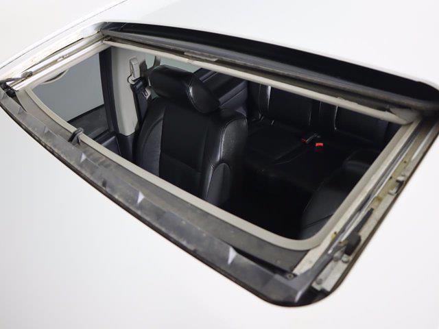 2010 Nissan Titan 4x4, Pickup #381059A - photo 31