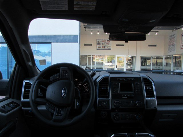 2018 F-150 SuperCrew Cab 4x4, Pickup #528066 - photo 5