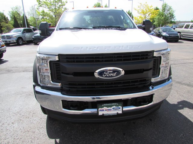 2018 F-550 Regular Cab DRW 4x4,  Cab Chassis #JEC40801 - photo 2
