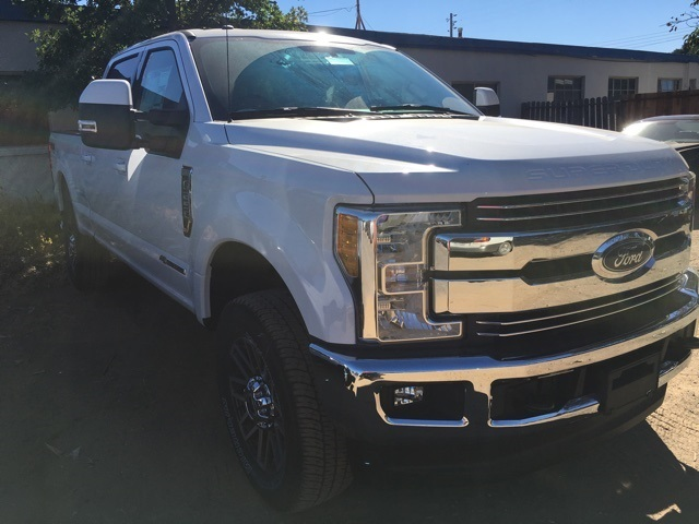 2017 F-250 Crew Cab 4x4 Pickup #HEB41244 - photo 4