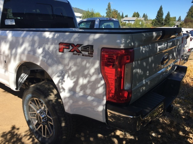 2017 F-250 Crew Cab 4x4 Pickup #HEB41244 - photo 2