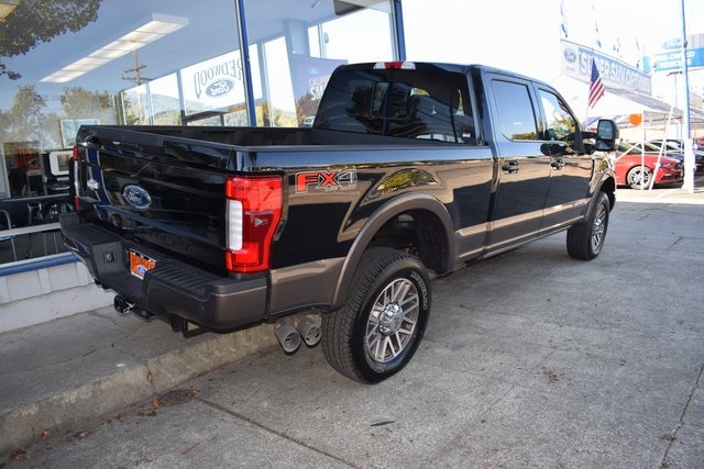 2017 F-250 Crew Cab 4x4 Pickup #HED09909 - photo 2